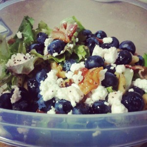 bacon blueberry goat cheese salad walnuts
